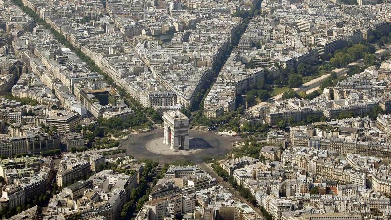 """Парисыг """"бүтээсэн"""" гүнтэн"""