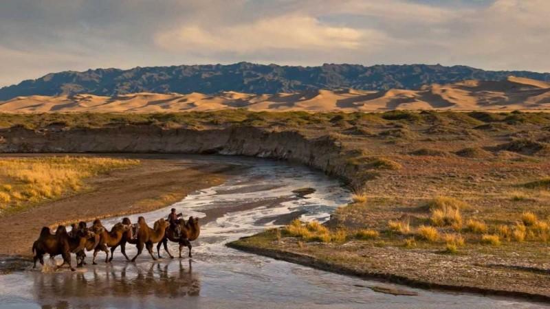 Монголын богино өгүүллэгийн мастерын 10 богино өгүүллэг