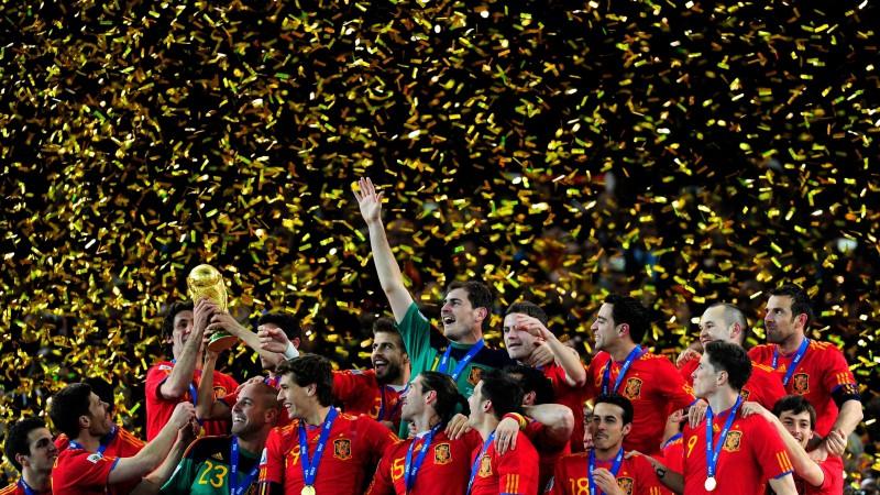Бүх цаг үеийн хамгийн шилдэг хөлбөмбөгийн 10 баг