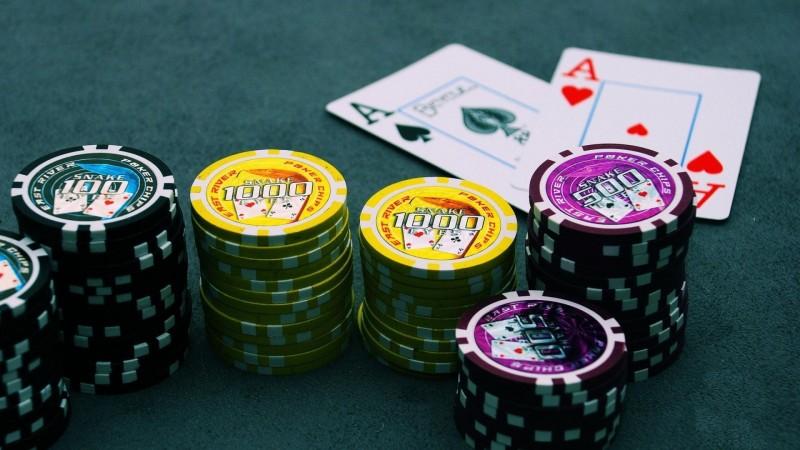 Дэлхийн хамгийн шилдэг 10 покерчин