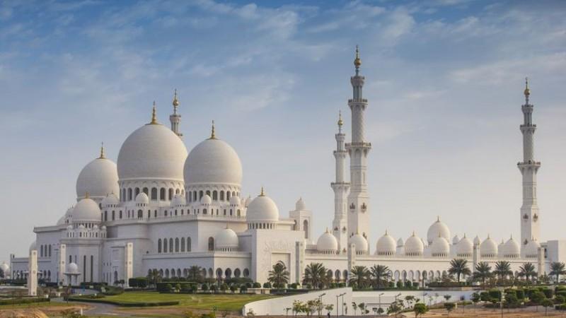 Хамгийн үзэсгэлэнтэй 10 сүм хийд