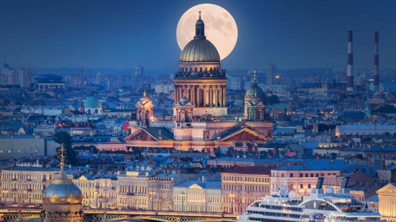 Хотын түүх: Санкт-Петербург