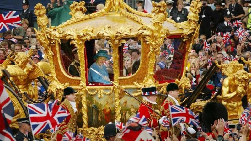 Хатан хаан хэр эрх мэдэлтэй вэ?