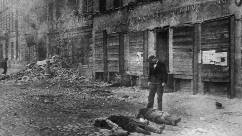 Ленинградын бүслэлтийн талаарх аймшигт түүхүүд