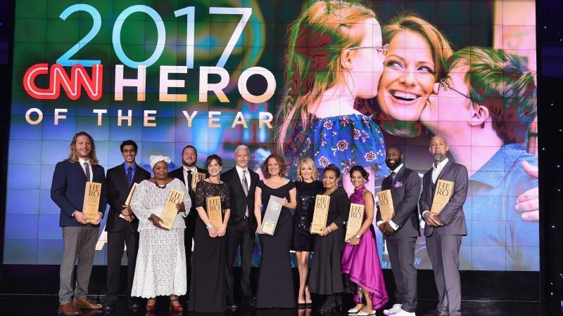 CNN агентлаг 2017 оны 10 баатрыг зарлав